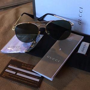 Gucci. ...unisex...sunglasses